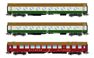 Rivarossi HR4260 H0 Gauge DR, 3-unit set coaches, green/ivory resp. red livery